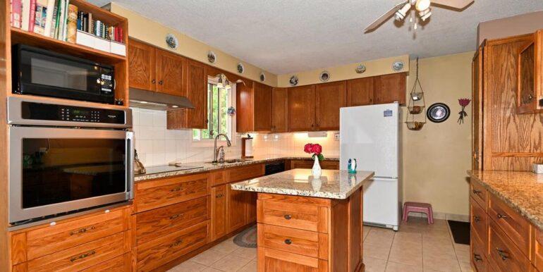 07-178-6 Kitchen 1