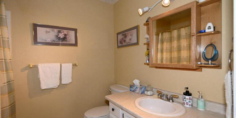 11-178-16 Main Bathroom
