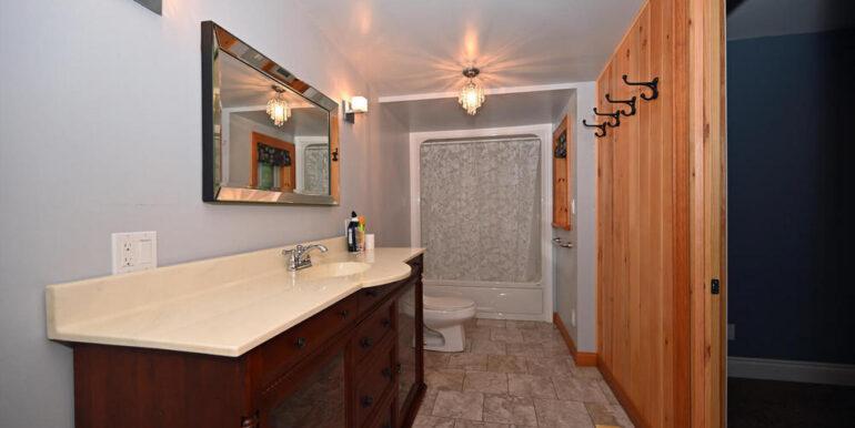 05-24-14 4pc Bathroom