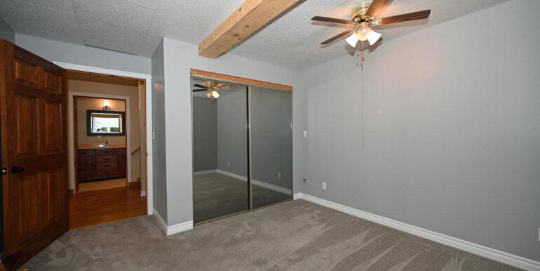 18-24-20 Bedroom Lower 2